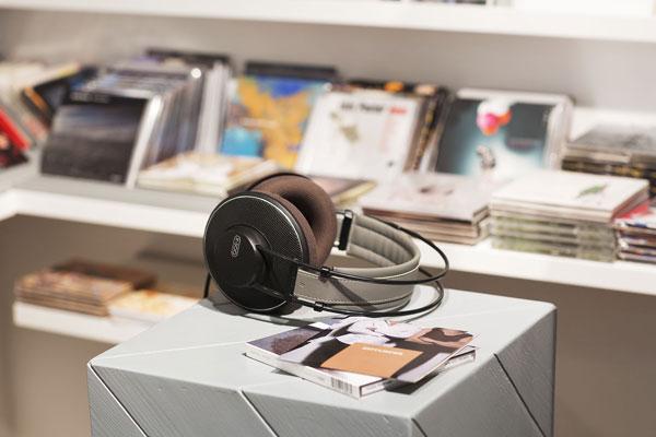 musik hören in fünf! concept store