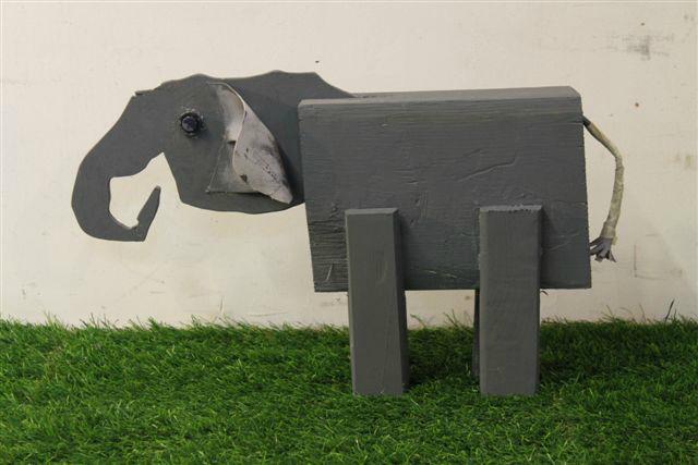 Elefant Philipp  Gensberger