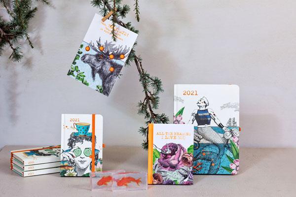 fünf geschenkboxen